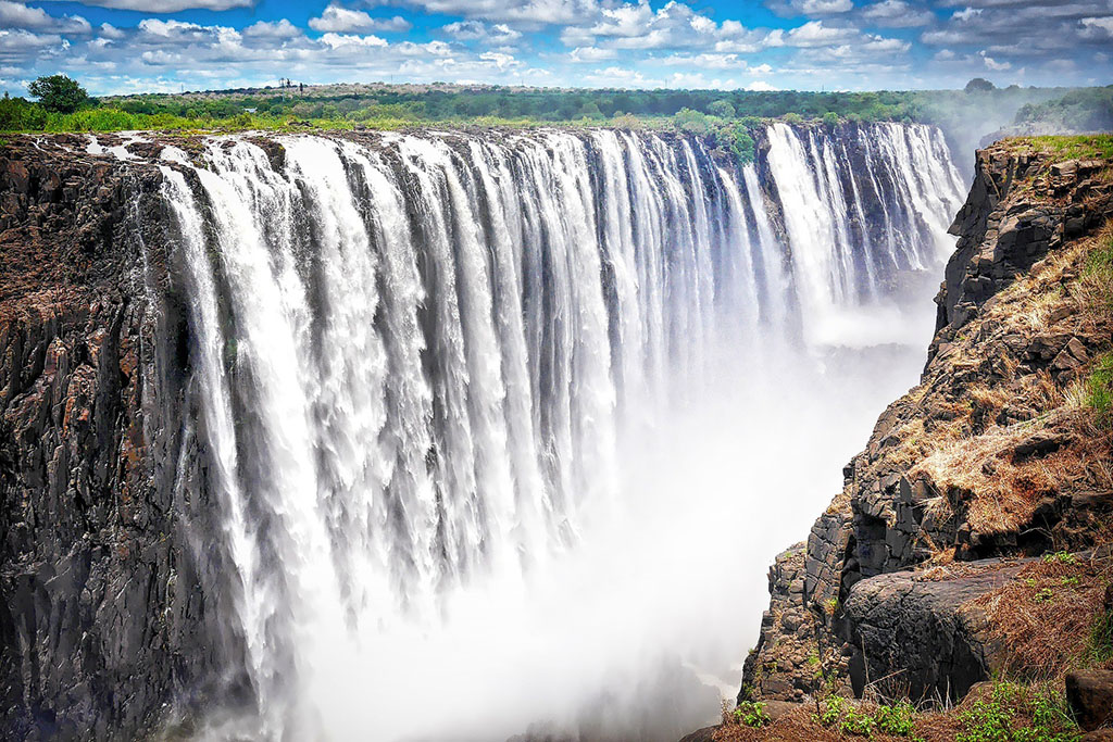 Victoria Falls watery wonders qualifies as one of the worlds 7 wonders