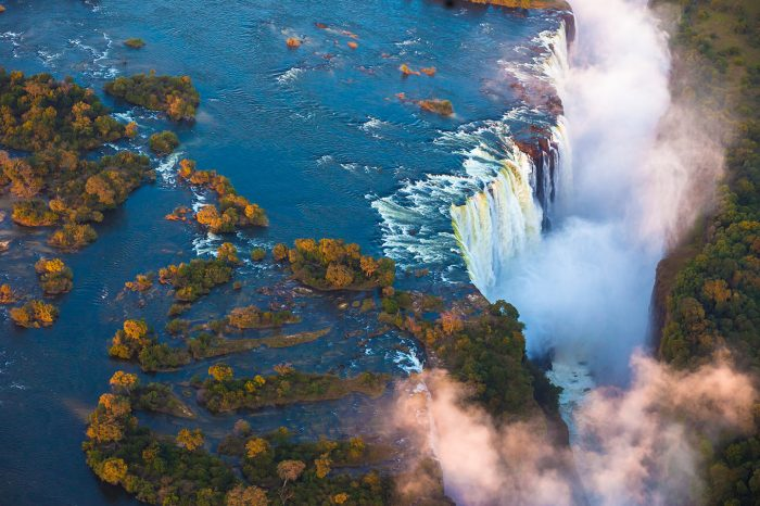 4 DAY VICTORIA FALLS VOYAGER